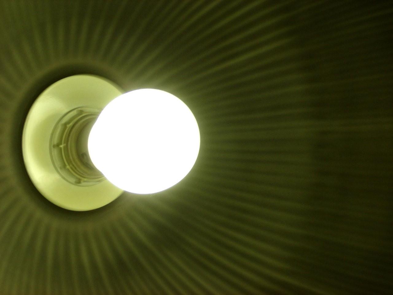 Lampy natynkowe – czy warto się na nie zdecydować?
